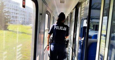 policja, pociąg fot. policja