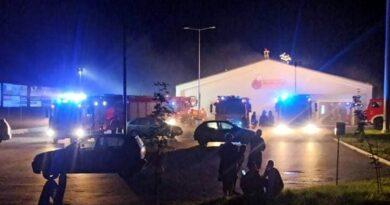 pożar Biedronki w Przemęcie fot. OSP Bucz