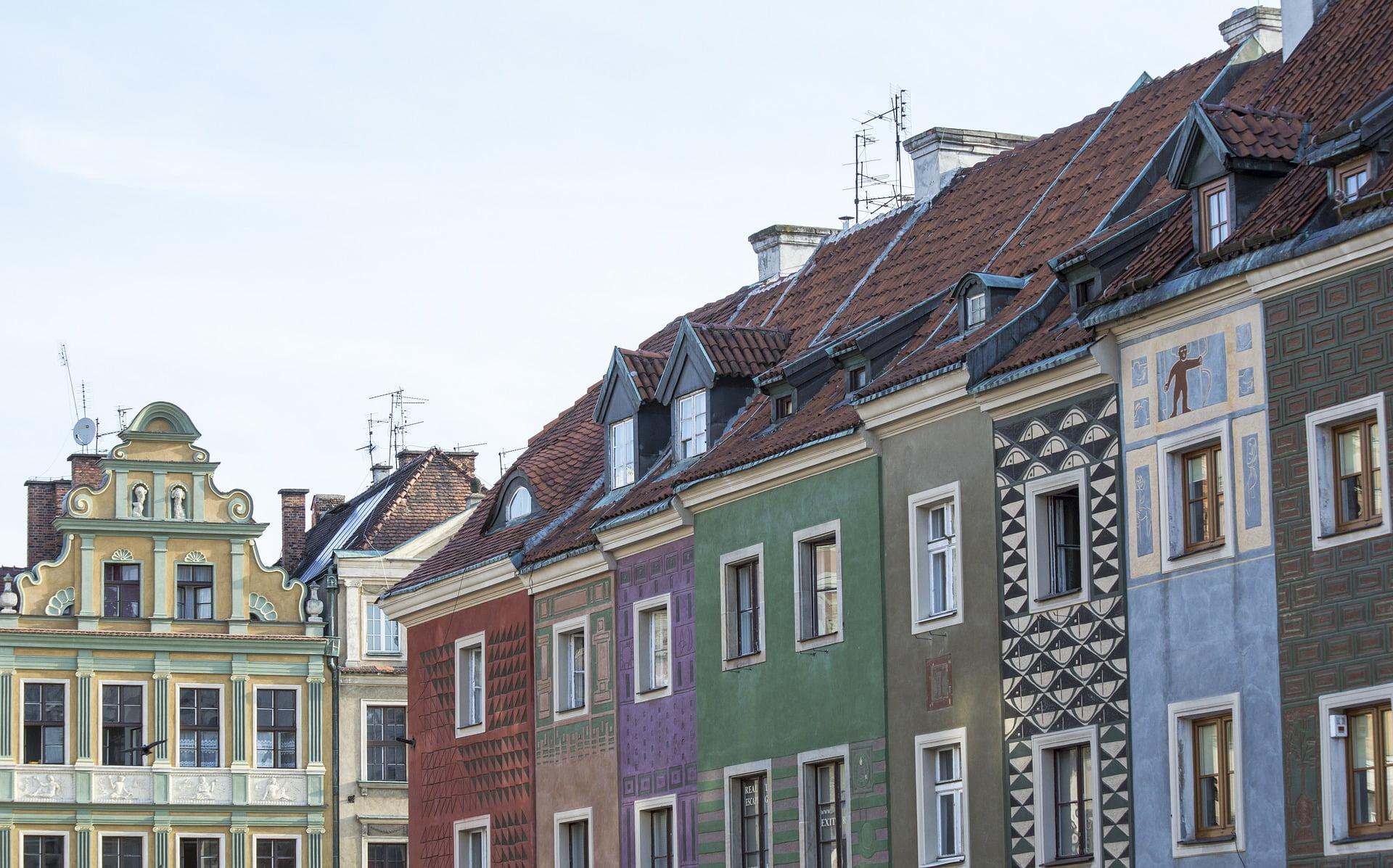 Domy w Poznaniu: jaki metraż i lokalizacje są najbardziej poszukiwane przez kupujących?