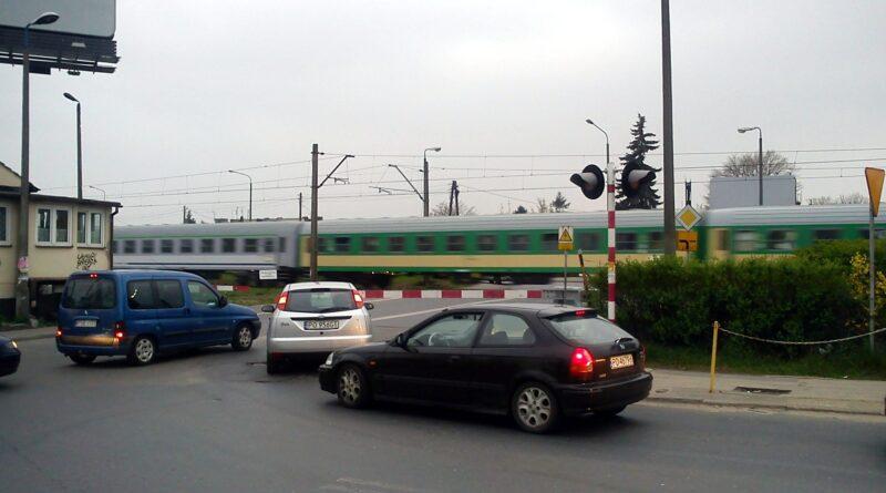 przejazd kolejowy, Opolska, fot. L. Łada