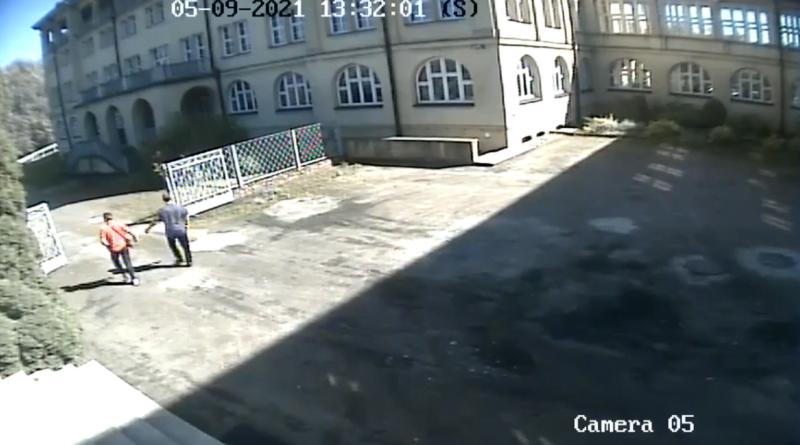 włamanie, ul. Seminaryjna fot. prt. scr. policja Gniezno