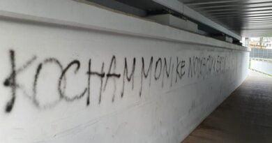 komunikat w tunelu fot. policja Kościan